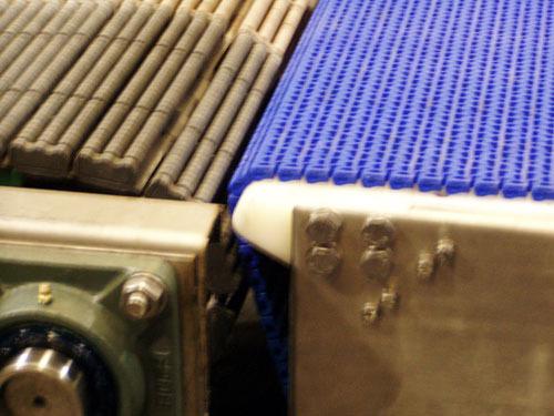 定制面包牛奶专用刀口链与珠面链输送机
