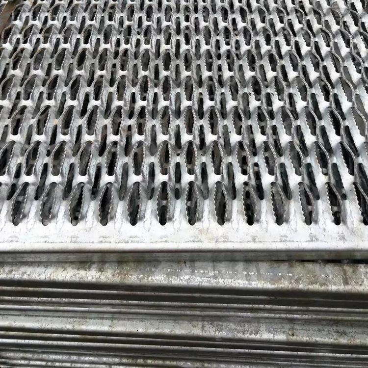 镀锌防滑板 资阳市镀锌防滑板 走道专用镀锌防滑板