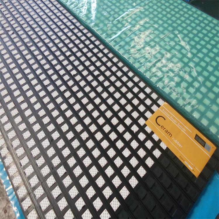港口陶瓷胶板  山东现场陶瓷包胶厂家示例图5