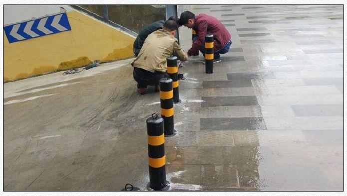 钢铁警示柱分道隔离桩防撞护栏柱铁立柱路障柱停车柱地桩钢管固定示例图8