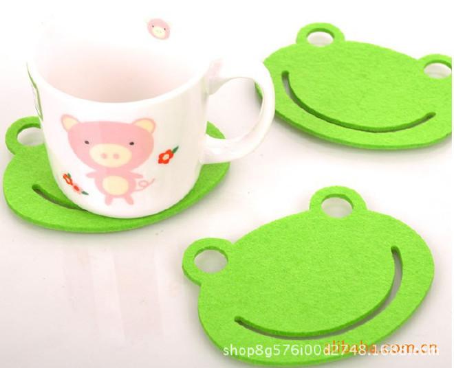 供应毛毡杯垫彩色隔热垫 吸水防滑餐垫镂空杯垫 颜色图案可定制示例图6