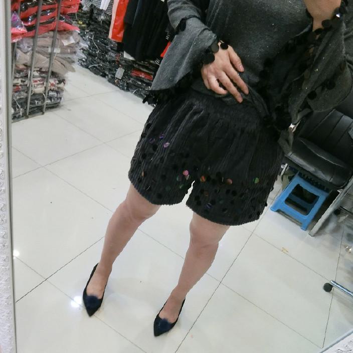 胖美妹大码蕾丝连衣裙女胖mm欧美黑色显瘦打白连裤美女穿丝袜图片