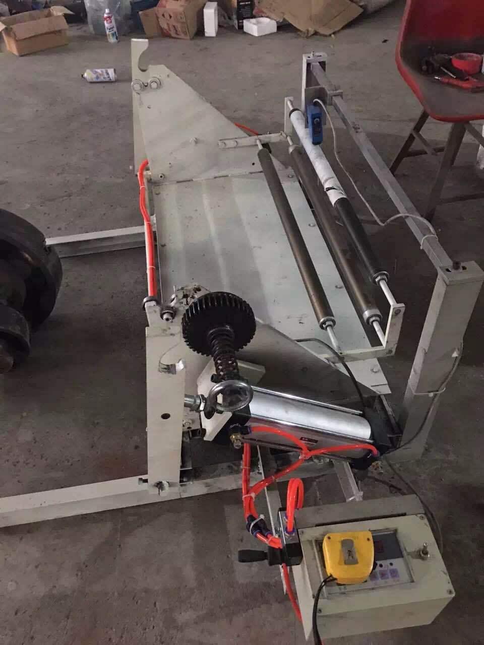 供應制袋機 糾邊機氣漲軸廠家直銷糾邊機可定制