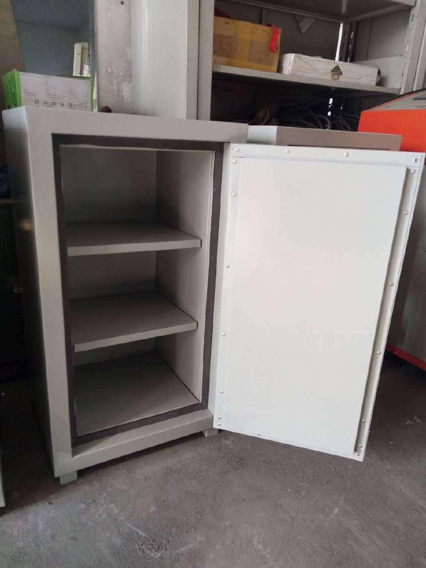 厂家供应声像档案防磁柜 钢制 铜条屏蔽柜防磁柜