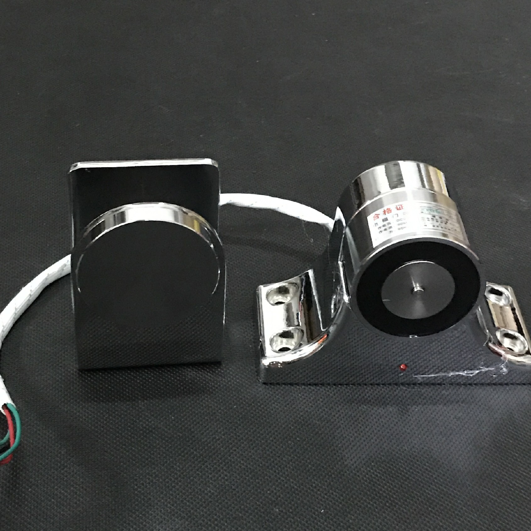 精品推薦DC-09B玻璃門吸 強磁性電磁門吸 常開防火門電磁門吸