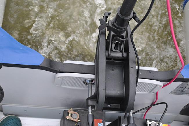 冲锋舟推进器船用v马达马达橡皮艇皮划艇挂桨机武汉理工大学毽球图片