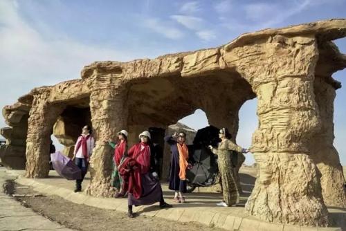 新疆旅游租車 服務為先 新疆逸啟程汽車服務供應