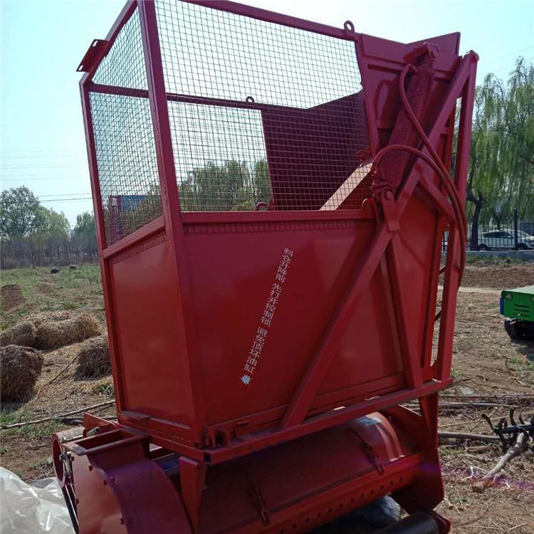 小型青貯機四輪帶動玉米秸稈回收機生產廠家