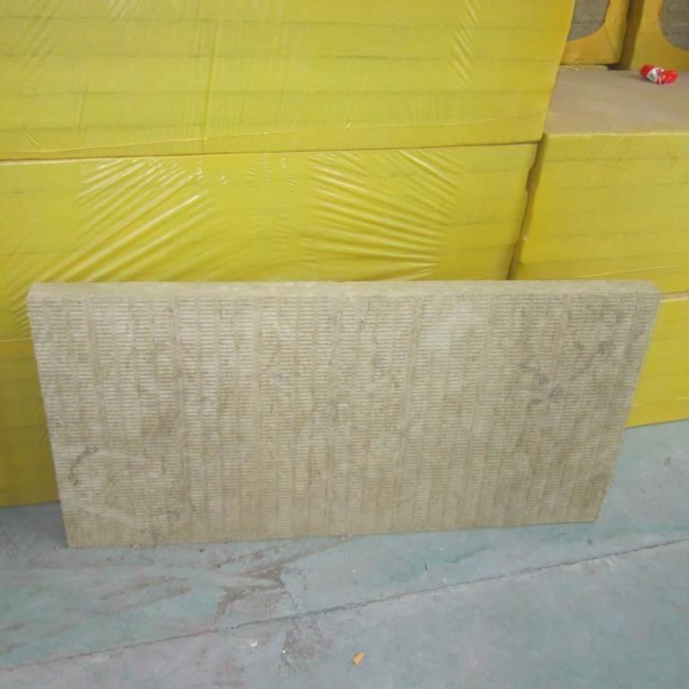 今年外墙岩棉保温板价格 犇腾 耐高温岩棉板