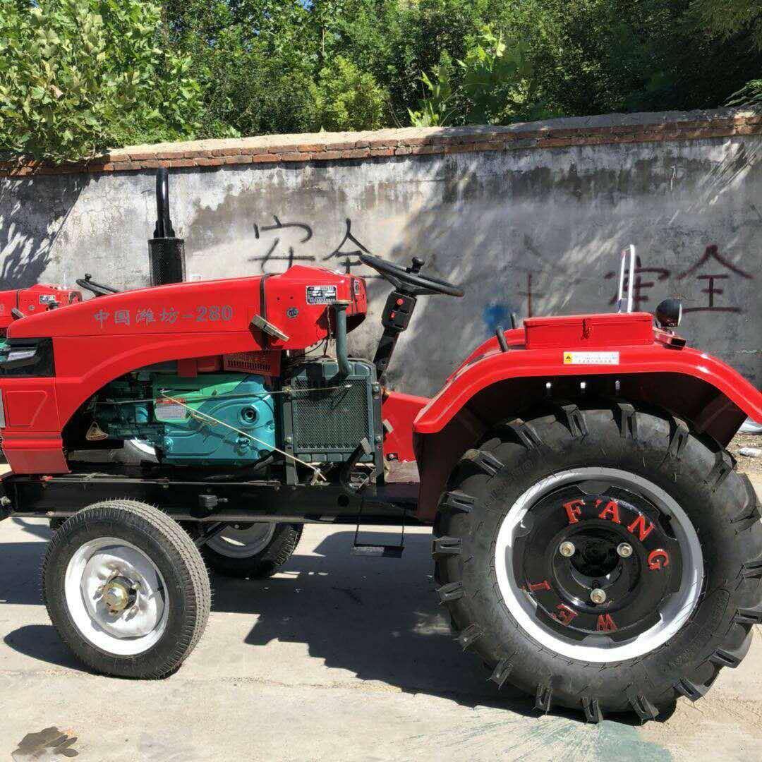 富田供應多功能中型四輪拖拉機 農用大型拖拉機四驅拖拉機家用四輪拖拉機圖片