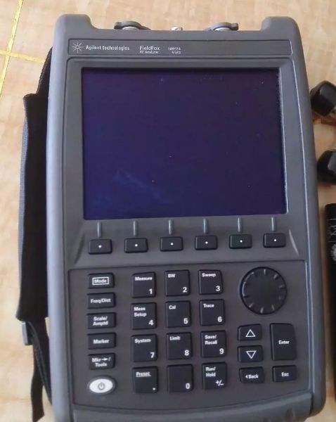 二手现货安捷伦N9913A清仓甩卖N9913A频谱分析仪示例图1
