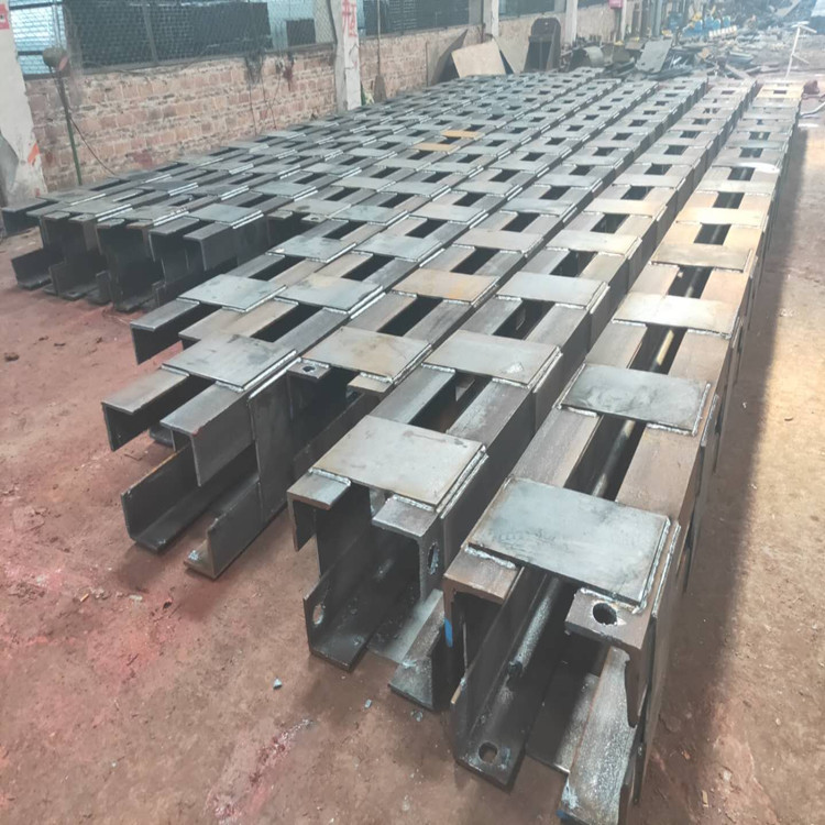 商泰供应550格构柱混凝土钢管柱规格齐全价格优