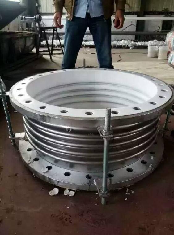 补偿器厂家供应 钢衬四氟补偿器 不锈钢膨胀节补偿器示例图1