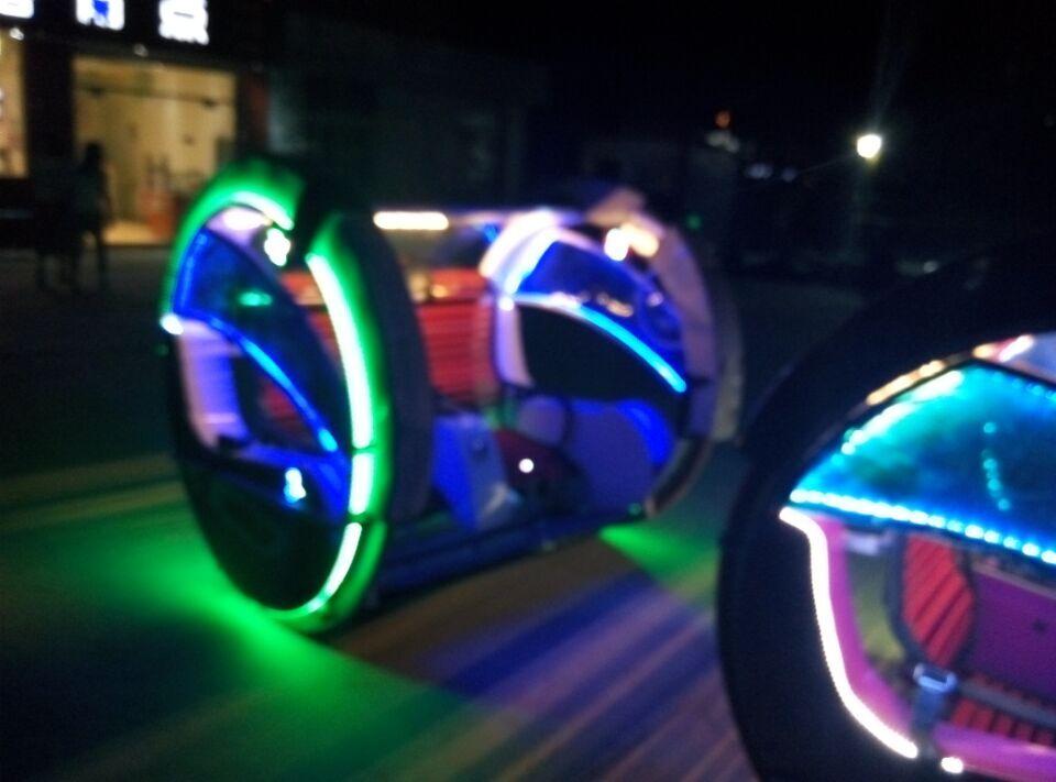 乐吧车逍遥车是广场火爆游乐项目 大洋专业定制双人逍遥车儿童游乐就在郑州大洋游乐设备示例图3