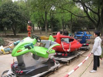 儿童游乐追击 新款游乐 追击游乐设备 郑州大洋生产厂家示例图4