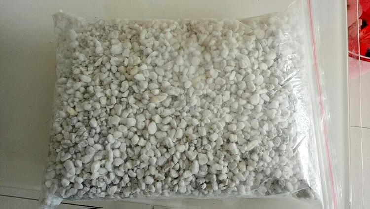 珍珠岩 珍珠粉 憎水珍珠岩 膨胀珍珠岩 珍珠岩颗粒 珍珠岩散示例图12