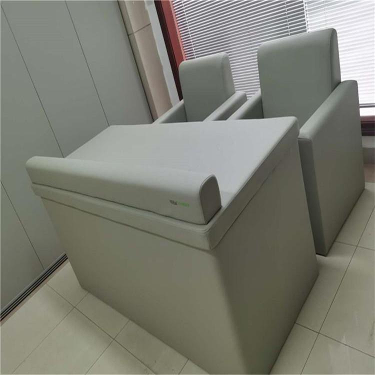 訊問室防撞吸音軟包工廠 防撞軟包桌椅款式定做 奧壹凱阻燃環保軟包