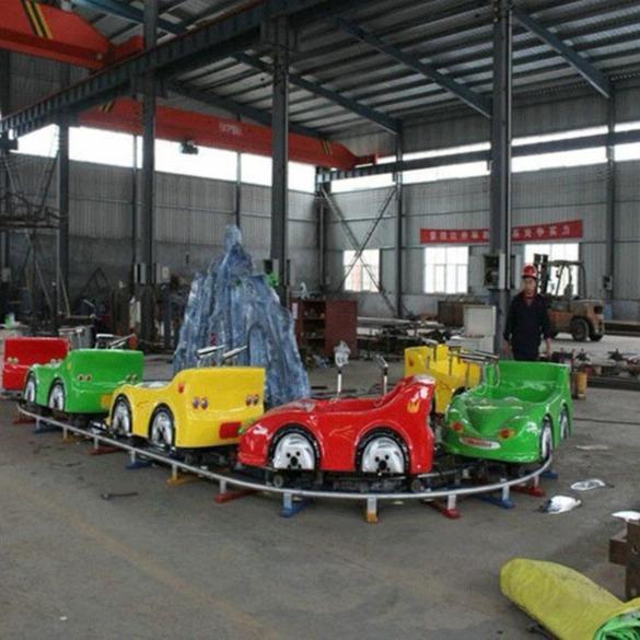 夏季热门游乐设备儿童水陆战车  郑州大洋儿童喜爱轨道水陆战车