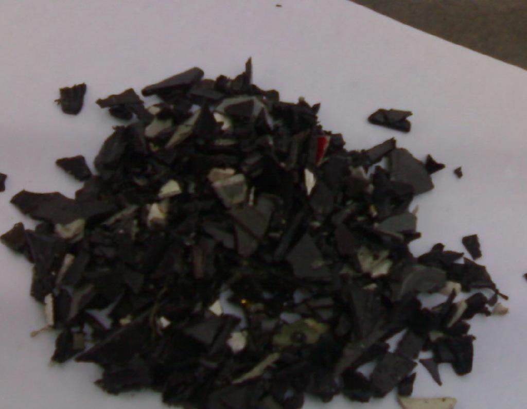 供應:PP破碎料(黑色浮水),碎料,黑色再生料,聚丙烯