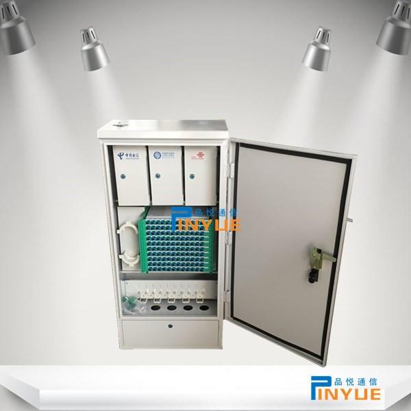 144芯三网汇集光缆交接箱壁挂式安装