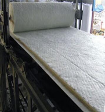 厂家供应优质硅酸铝 含铝保温毯保温棉针刺毯示例图15