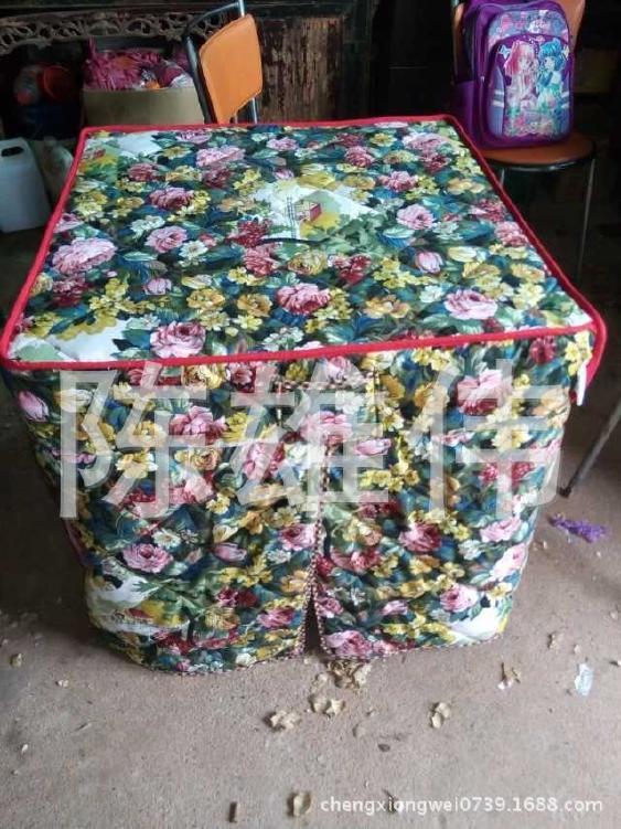 批发供应可折叠棉桌罩 加棉桌布 棉桌罩销售 欢迎订购示例图7