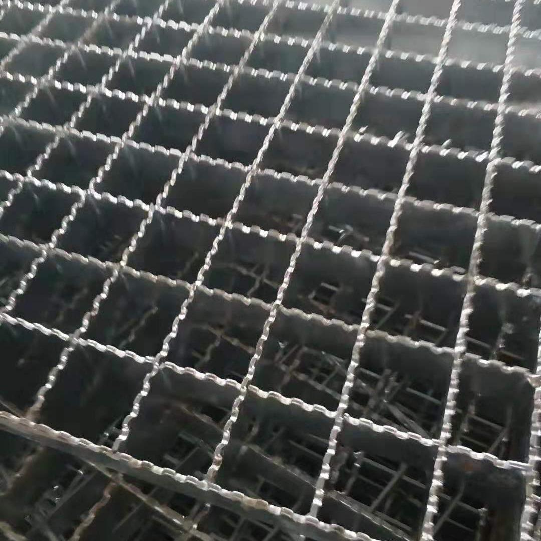 河北貴泰q235熱鍍鋅鋼格板廠家 異形帶鋸齒鋼格柵蓋板 鍍鋅鋼格網現貨批發