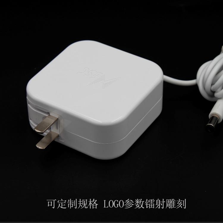 供应12v5a电源适配器 60W过3C认证白色充电器 12V60W插墙式适配器示例图5