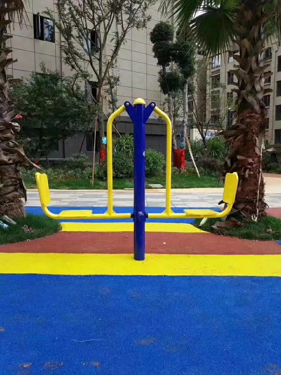 专业供应公园广场小区室外健身路径 高质量双人坐蹬 户外健身器材示例图10