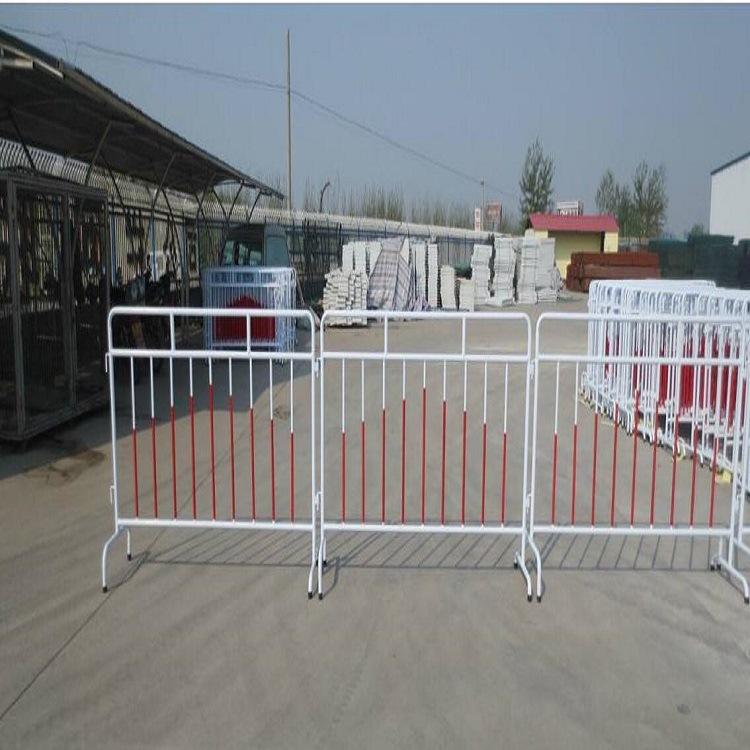青岛热销铁马护栏圆管折弯加固型 交通有序铁马围栏 颜色款式任选示例图1