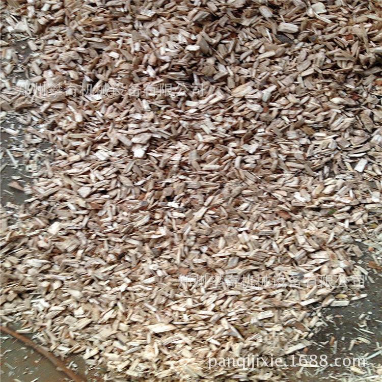 火热销售移动式锯末粉碎机树根树墩破碎机木材粉碎机设备示例图3
