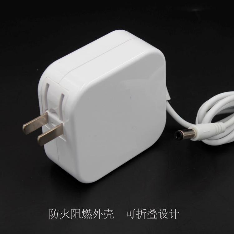 供应12v5a电源适配器 60W过3C认证白色充电器 12V60W插墙式适配器示例图2