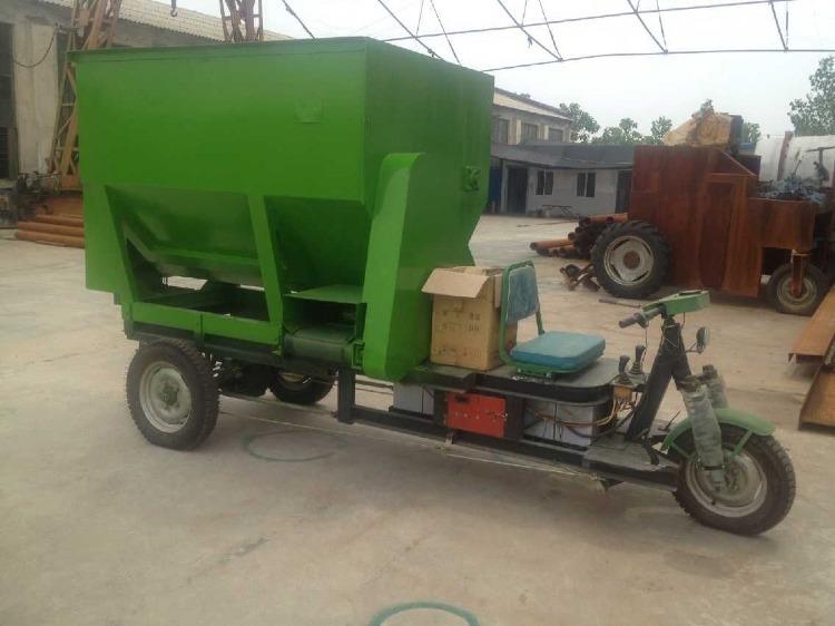 柴油动力撒料车 电动撒料车 养殖饲料撒料车 养殖机械设备撒料车示例图10