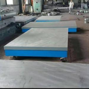 現貨鑄鐵平臺 檢驗平臺 劃線平臺 焊接平板 常年供應泊頭亮健機械專業廠家
