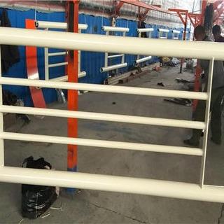 山東橋梁護欄桿生產廠家 不銹鋼復合管護欄 q235鋼板防撞立柱大量現貨
