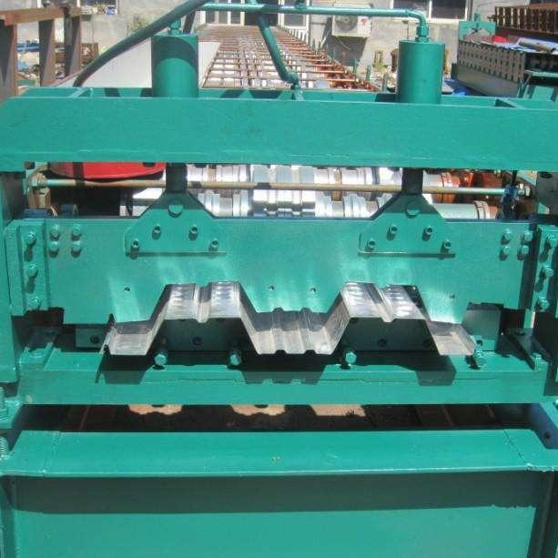 ?河北祥丰  常年供应  彩钢设备  质量上乘,使用寿命长