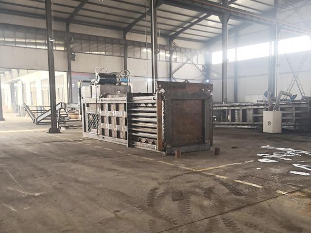 临清乐嘉机械专业生产 龙门式剪切机 剪切设备 金属加工设备 重型废钢剪切加工设备示例图2