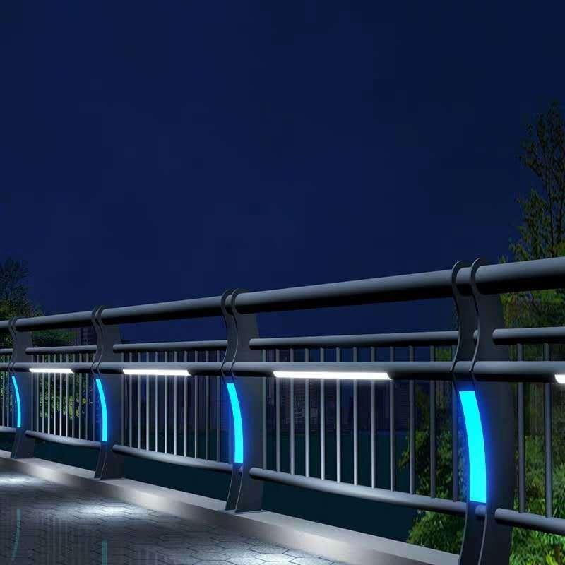 廠家專賣led燈光河道護欄 LED燈光河道欄桿廠家 燈光河道護欄價格交期保障創輝 復合管景觀護欄