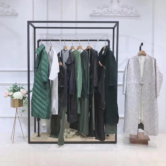 玛丝菲尔欧e贵州品牌折扣女装批发大码服装店名北京天兰天尾货市场