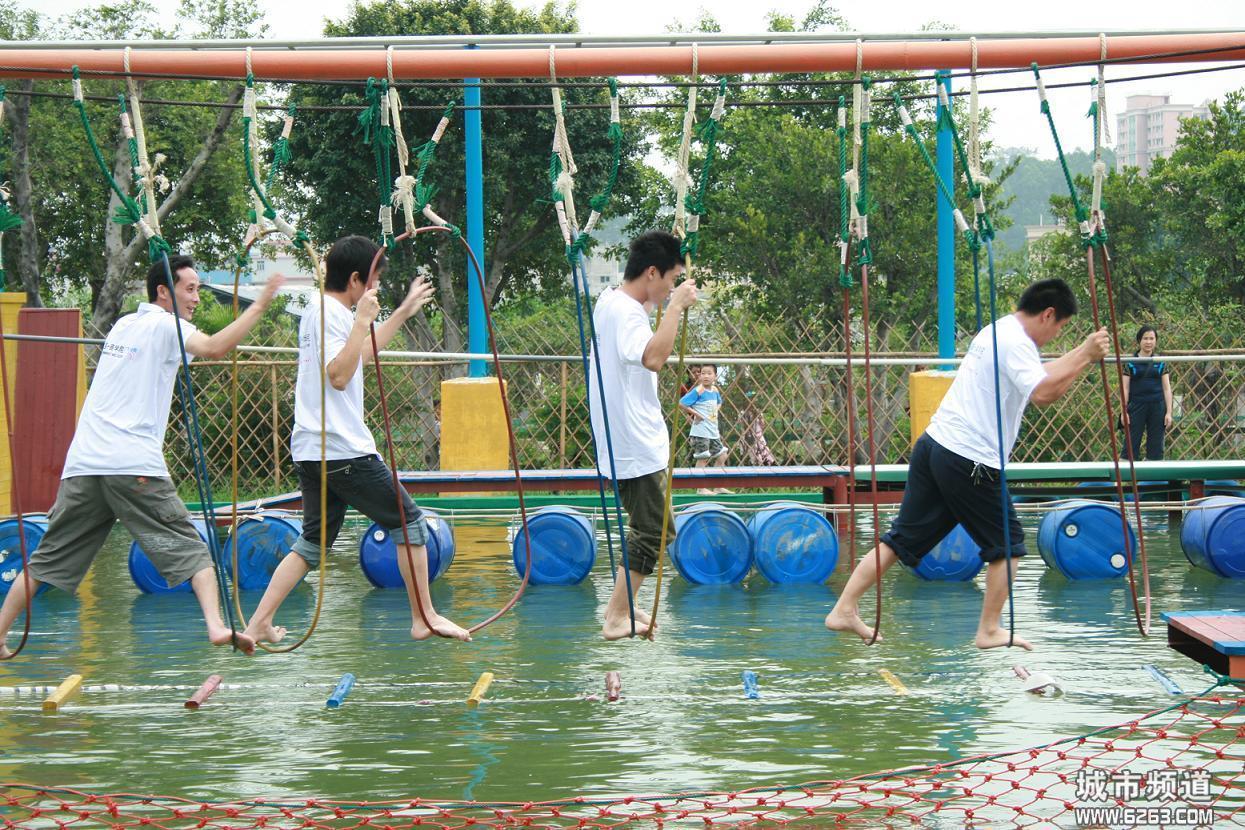 2020体能乐园儿童游乐园 厂家直销大型户外体能乐园项目款式多式多样游艺设施大洋设备示例图3