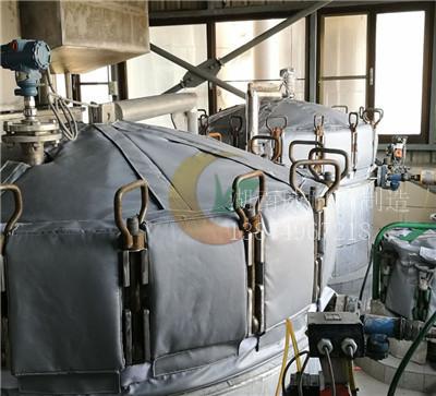 拉丝机保温套 拉丝机保温衣 可拆卸拉丝机保温罩 挤出机隔热套 注塑机隔热罩 干燥机隔热套 料斗隔热罩 料筒隔热套示例图2