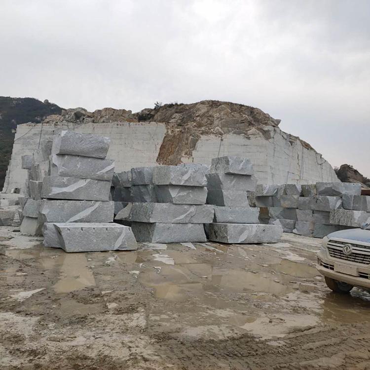 芝麻灰花岗岩板加工厂家 光面芝麻灰花岗岩 性价比高