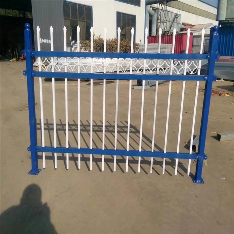 萊蕪  工地圍欄   圍墻護欄 鋅鋼護欄安裝圖解