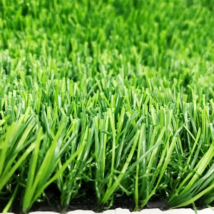 人造草坪綠化 黑背膠4x25m圍擋草坪廠家 捷源達人造草坪圍擋