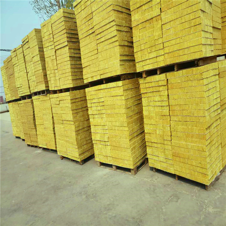 外墙岩棉复合板 不燃岩棉复合板 憎水保温 外墙专用