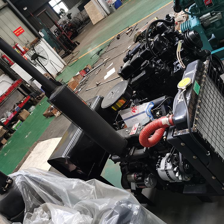 中型船用柴油发动机价格 洛阳一拖东方红120马力船用柴油机欢迎订购
